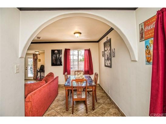 Single Family Residence - North Hollywood, CA (photo 5)