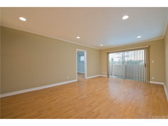 Condominium - North Hollywood, CA (photo 4)