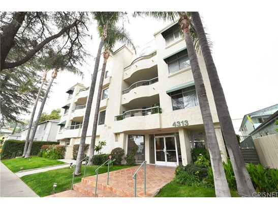 Condominium - Sherman Oaks, CA (photo 2)