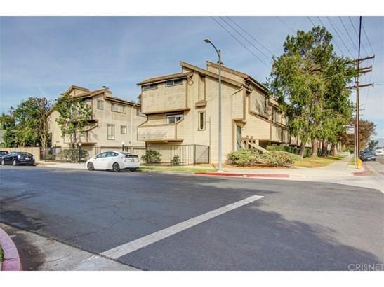 Condominium, Cape Cod,Contemporary,Modern - Valley Glen, CA (photo 1)