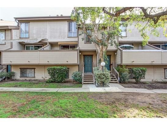 Condominium, Cape Cod,Contemporary,Modern - Valley Glen, CA (photo 3)