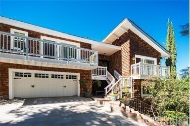 Cape Cod, Single Family Residence - Woodland Hills, CA (photo 1)