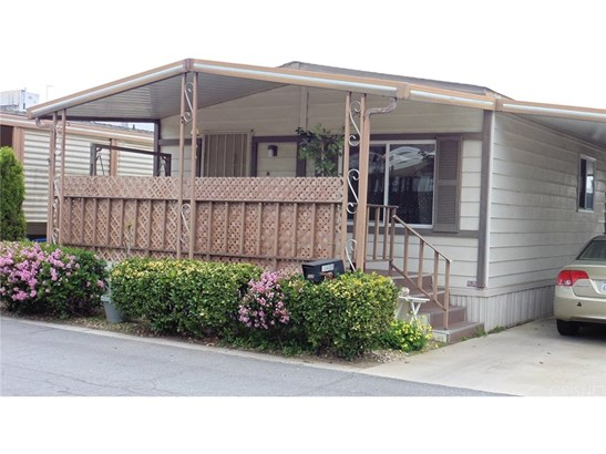 ManufacturedInPark - Mission Hills (San Fernando), CA (photo 1)