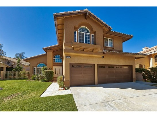 Single Family Residence - Canyon Country, CA