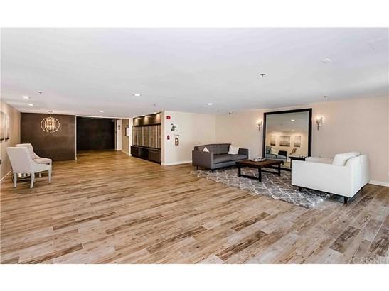 Condominium, Contemporary - Sherman Oaks, CA (photo 1)