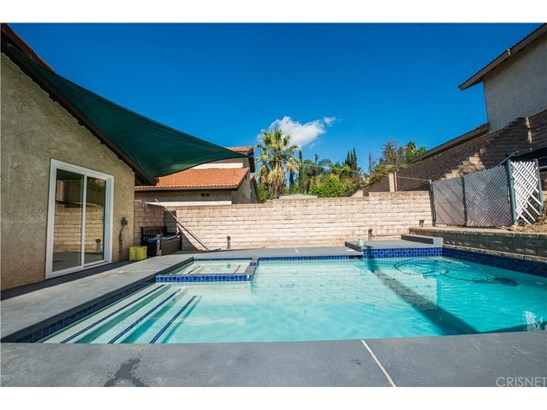 Single Family Residence, Contemporary - Northridge, CA (photo 2)