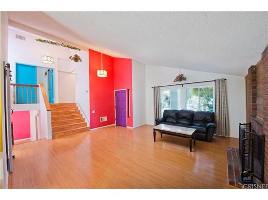 Single Family Residence, Contemporary - Northridge, CA (photo 4)