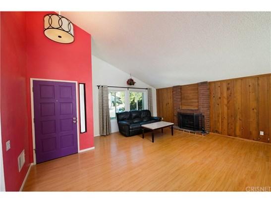 Single Family Residence, Contemporary - Northridge, CA (photo 5)