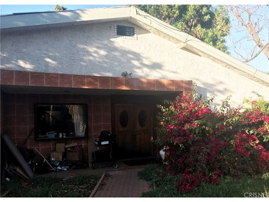 Single Family Residence, Traditional - Tarzana, CA (photo 1)
