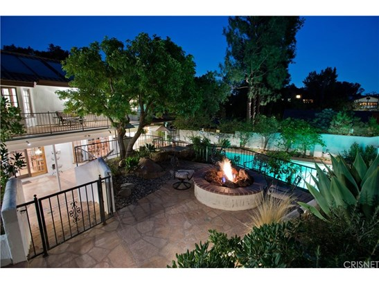 Single Family Residence, Spanish - Chatsworth, CA (photo 3)