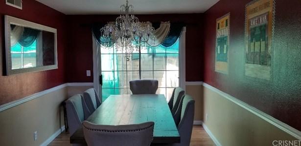 Single Family Residence - North Hollywood, CA (photo 4)