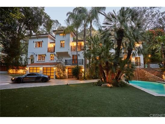Single Family Residence - Los Angeles, CA (photo 2)