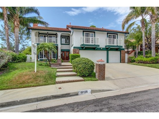 Colonial,Traditional, Single Family Residence - Porter Ranch, CA (photo 1)