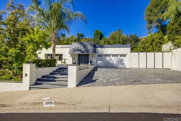 Single Family Residence - Woodland Hills, CA (photo 4)