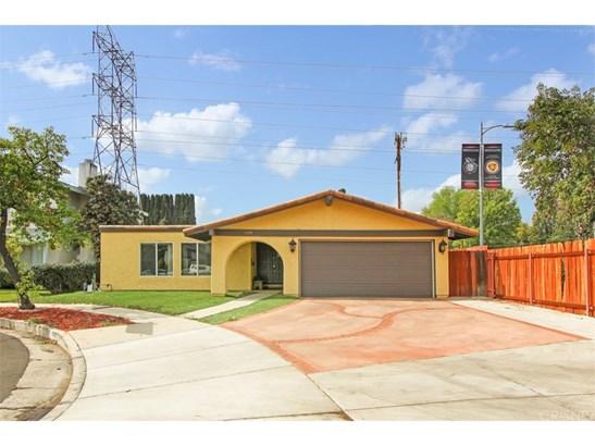 Single Family Residence - Tarzana, CA (photo 2)