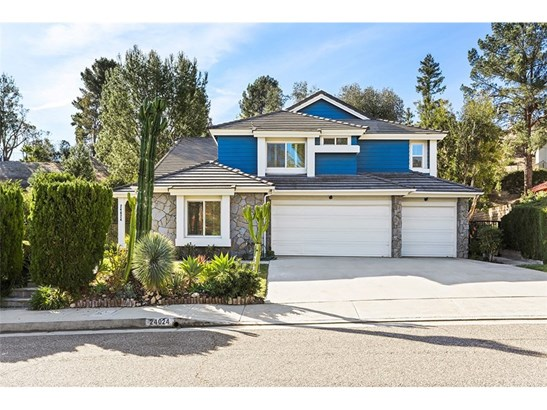 Single Family Residence, Traditional - West Hills, CA (photo 1)