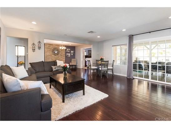 Single Family Residence - Canoga Park, CA (photo 2)