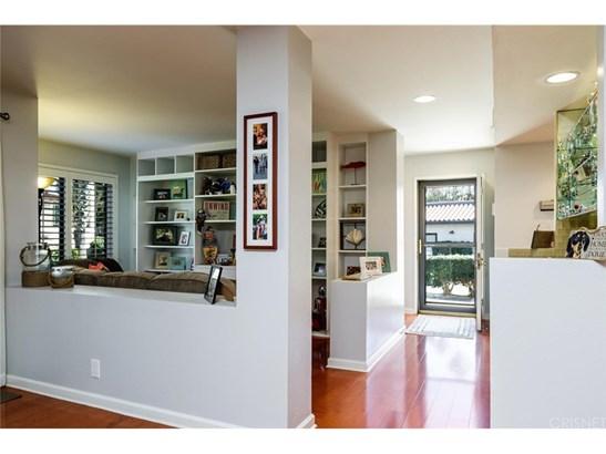 Condominium - Oxnard, CA (photo 4)