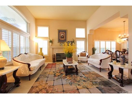 Single Family Residence - Granada Hills, CA (photo 4)