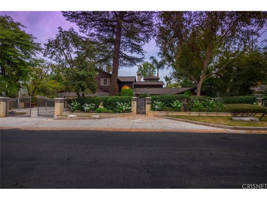 Single Family Residence, Traditional - Tarzana, CA (photo 3)