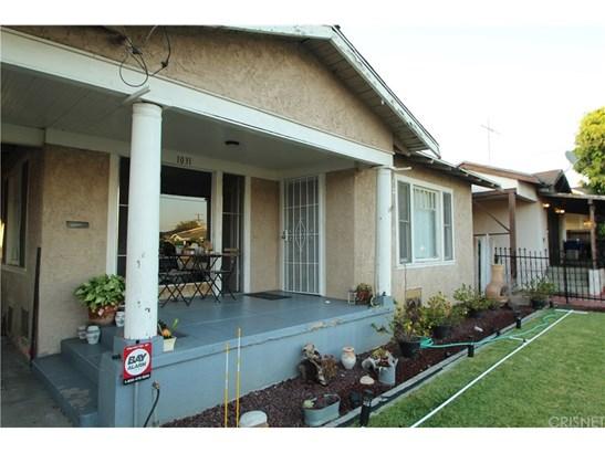 Single Family Residence, Traditional - Los Angeles, CA (photo 2)