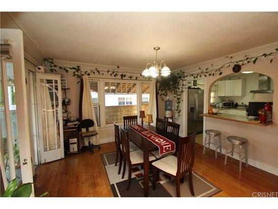 Single Family Residence, Traditional - Los Angeles, CA (photo 5)
