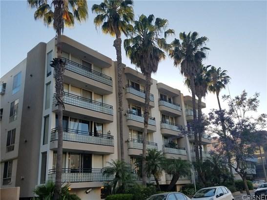 Condominium - West Los Angeles, CA (photo 1)