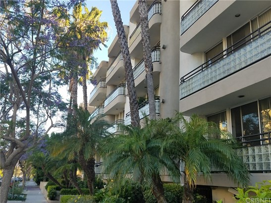 Condominium - West Los Angeles, CA (photo 2)