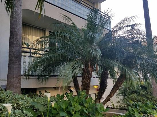 Condominium - West Los Angeles, CA (photo 4)