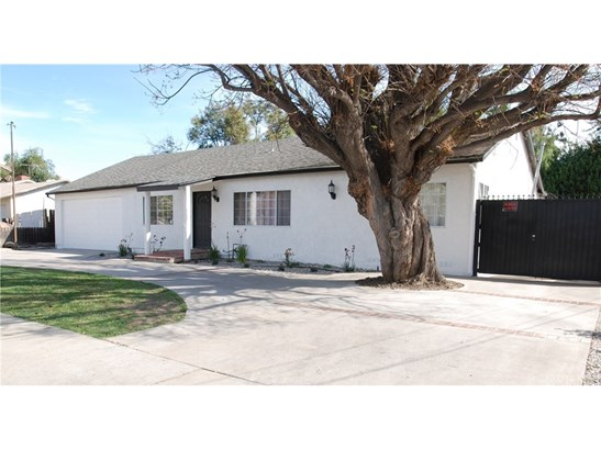 Single Family Residence, Traditional - Reseda, CA (photo 1)