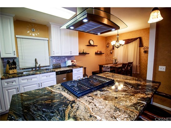 Single Family Residence - North Hills, CA (photo 3)