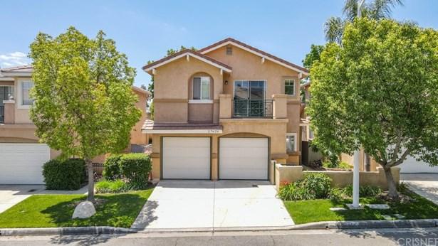 Single Family Residence - Castaic, CA
