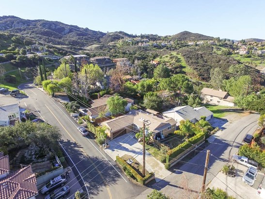 Mediterranean, Single Family Residence - Calabasas, CA (photo 5)