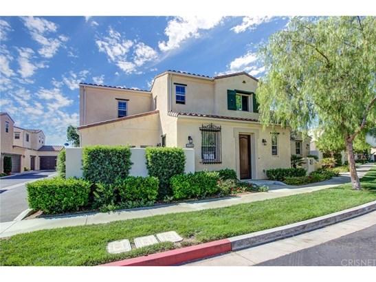 Mediterranean, Single Family Residence - Porter Ranch, CA