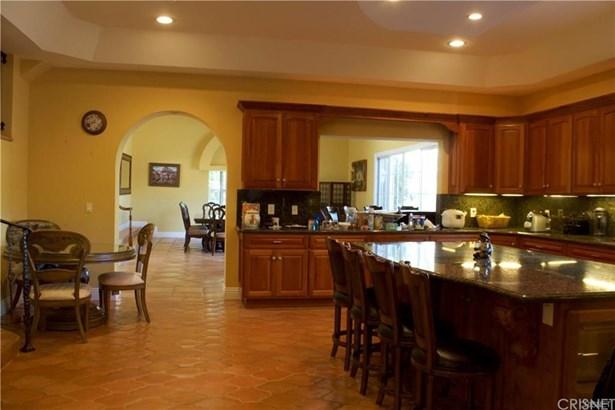 Single Family Residence, Spanish - Camarillo, CA (photo 2)