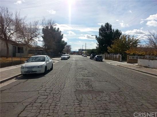 Duplex - Lancaster, CA (photo 2)