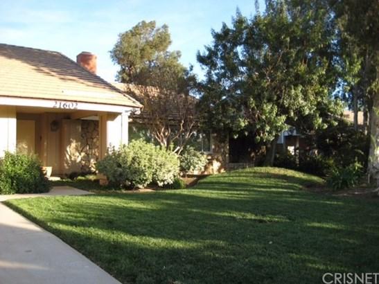 Ranch,Traditional, Single Family Residence - Chatsworth, CA (photo 3)