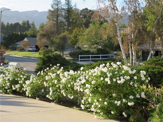 Ranch,Traditional, Single Family Residence - Chatsworth, CA (photo 4)
