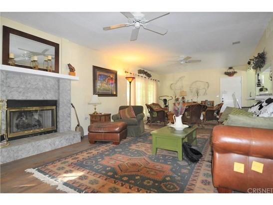 Single Family Residence, Contemporary - Chatsworth, CA (photo 3)