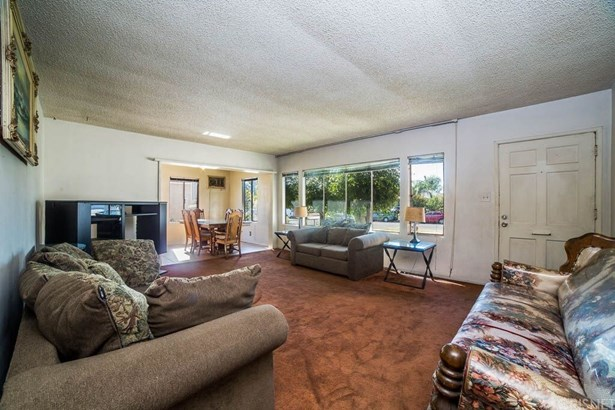 Single Family Residence - Sun Valley, CA (photo 4)