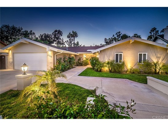Single Family Residence - Tarzana, CA (photo 1)
