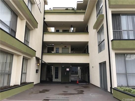 Condominium - Inglewood, CA (photo 3)
