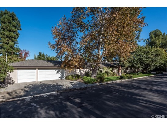 Single Family Residence, Contemporary,Traditional - Encino, CA (photo 3)