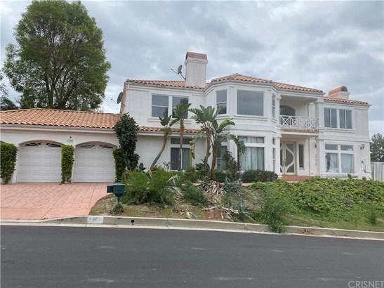 Custom Built,Mediterranean, Single Family Residence - Woodland Hills, CA