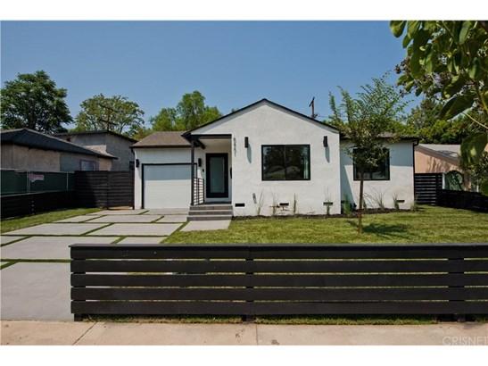 Single Family Residence, Bungalow - Encino, CA