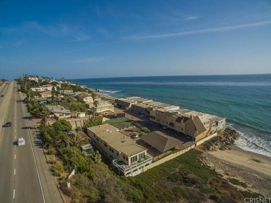 Single Family Residence - Malibu, CA (photo 5)