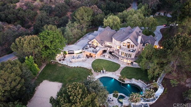 Single Family Residence, Traditional - Newhall, CA