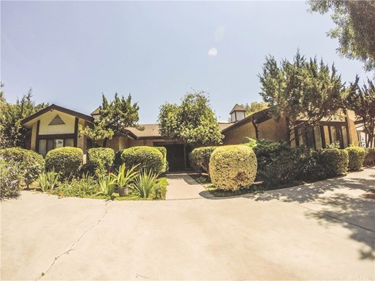 Single Family Residence - Porterville, CA (photo 1)