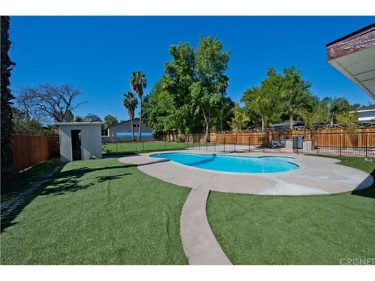 Single Family Residence - Northridge, CA (photo 4)