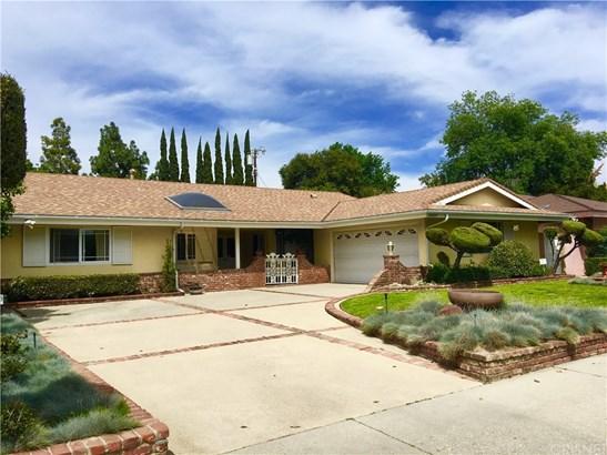 Single Family Residence, Traditional - Northridge, CA